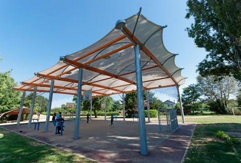 tensile-structure-learning-area-covered-2.jpg